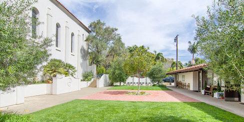 Jefferson Courtyard - USSB